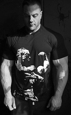 Animal Impact Iconic Black T-Shirt, By Universal Nutrition, Large